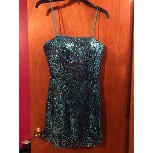 Dresses & Skirts - Hannah S blue sequin homecoming dress
